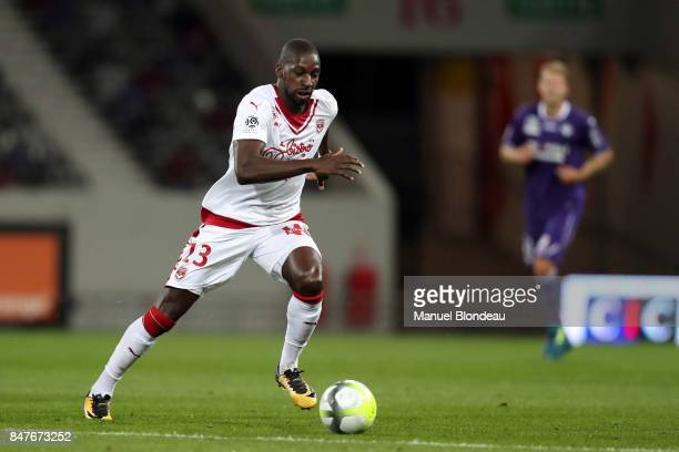 Younousse Sankhare of Bordeaux during the Ligue 1 match between Toulouse and FC Girondins de Bordeaux at Stadium Municipal on September 15 2017 in...