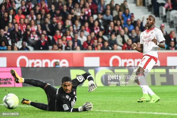 Younousse Sankhare of Bordeaux misses his chance under the eyes of Mike Maignan goalkeeper of Lille during the Ligue 1 match between Lille OSC and FC...