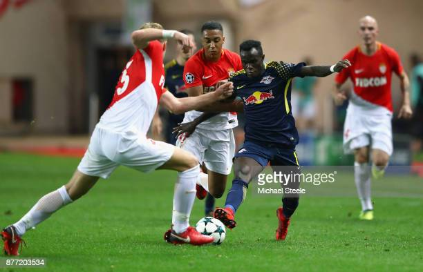 Youri Tielemans of AS Monaco FC and Bruma of RB Leipzig during the UEFA Champions League group G match between AS Monaco and RB Leipzig at Stade...