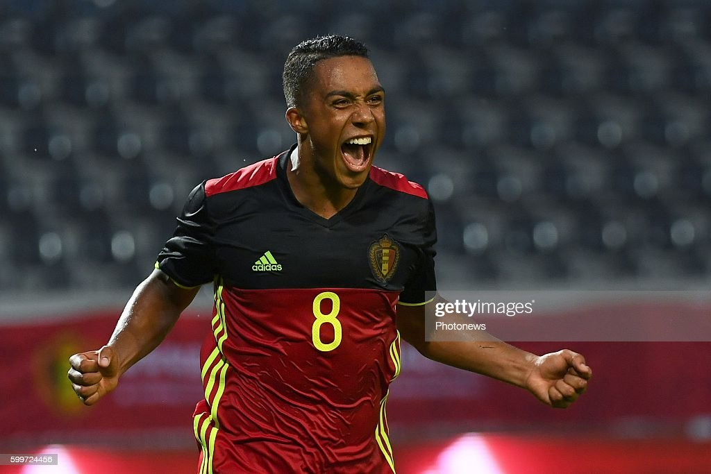 youri-tielemans-of-belgium-celebrates-sc