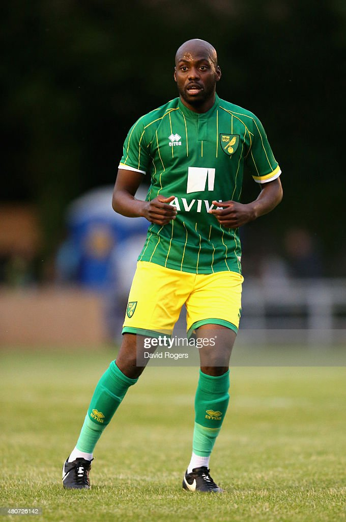 Hitchin Town v Norwich City - Pre Season Friendly