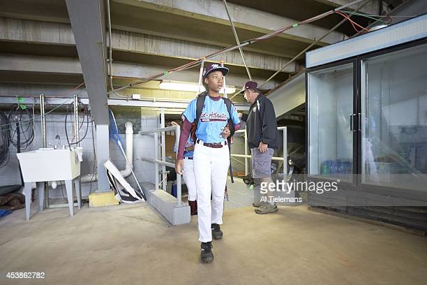 Little League World Series MidAtlantic Region Team Mo'ne Davis of Taney Youth Association from Philadelphia in tunnel before Round 1 of...
