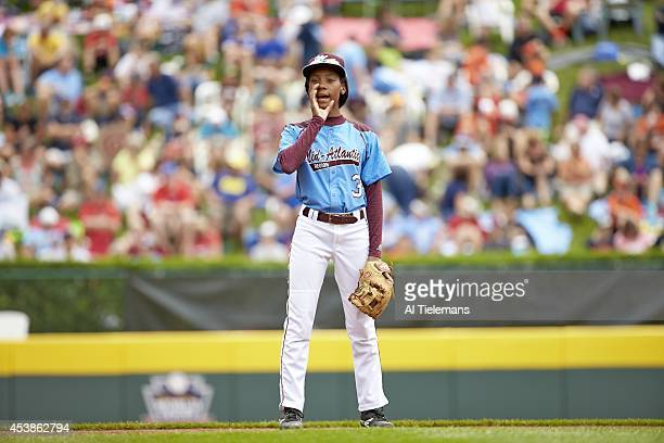 Little League World Series MidAtlantic Region Team Mo'ne Davis of Taney Youth Association from Philadelphia during fielding practice before Round 1...