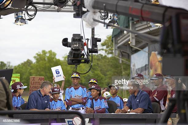 Little League World Series MidAtlantic Region Team Mo'ne Davis of Taney Youth Association from Philadelphia with teammates during interview with Jay...