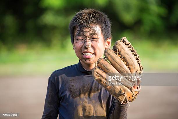youth baseball players after training