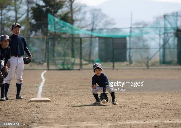 Youth Baseball Players,Defensive practice,sister