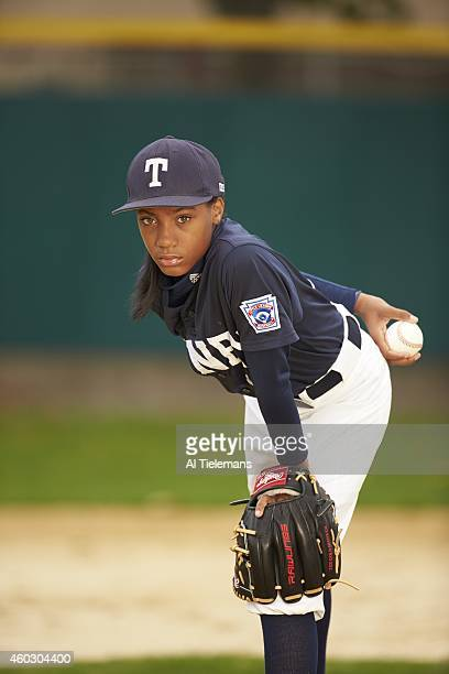 SportsKid of the Year Portrait of Taney Youth Association pitcher Mo'ne Davis during photo shoot at Marian Anderson Recreation Center 13yearold Davis...