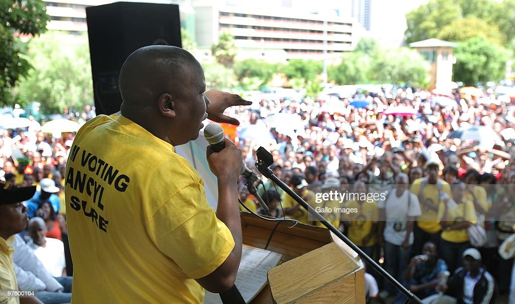 ANC Youth League president <a gi-track='captionPersonalityLinkClicked' href=/galleries/search?phrase=Julius+Malema&family=editorial&specificpeople=5866727 ng-click='$event.stopPropagation()'>Julius Malema</a> is seen addressing students of the University of Johannesburg on Tuesday, 9 March 2010 ahead of the SRC elections. Malema opened his address by singing an apartheid song with the lyrics 'Kill the Boer'. Malema also expressed support for President Jacob Zuma leading the ANC for a second term, stating there is nobody who will remove Zuma and if one wants to survive in the ANC, they have to support Zuma.