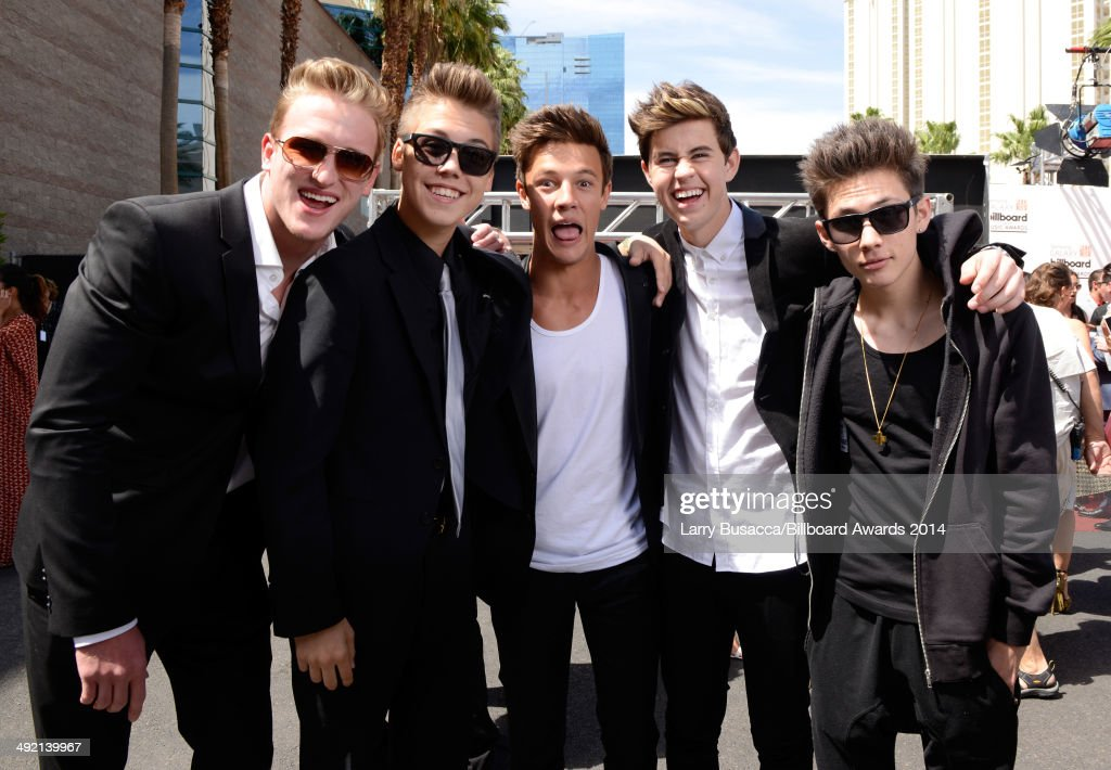 YouTube and Vine personalities Logan Paul, Carter Reynolds, Matthew Espinosa, <a gi-track='captionPersonalityLinkClicked' href=/galleries/search?phrase=Cameron+Dallas&family=editorial&specificpeople=7720646 ng-click='$event.stopPropagation()'>Cameron Dallas</a> and <a gi-track='captionPersonalityLinkClicked' href=/galleries/search?phrase=Nash+Grier&family=editorial&specificpeople=12778890 ng-click='$event.stopPropagation()'>Nash Grier</a> attend the 2014 Billboard Music Awards at the MGM Grand Garden Arena on May 18, 2014 in Las Vegas, Nevada.