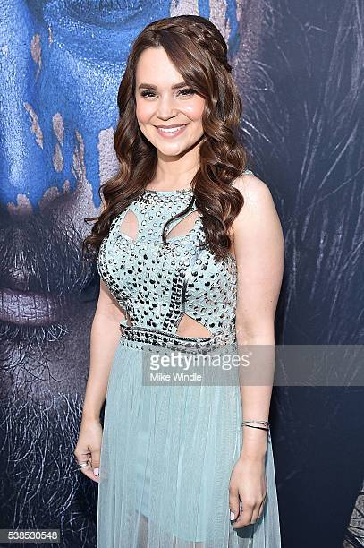 YouTube personality Rosanna Pansino attends the premiere of Universal Pictures' 'Warcraft' at TCL Chinese Theatre IMAX on June 6 2016 in Hollywood...