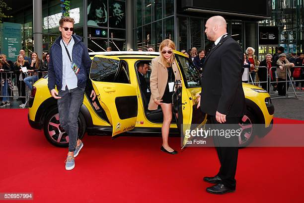 Youtube star ConCrafter arrives at the red carpet at the Berlin premiere of the film 'Angry Birds Der Film' at CineStar on May 1 2016 in Berlin...