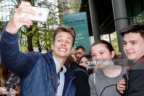 Youtube star ConCrafter with fans during the Berlin premiere of the film 'Angry Birds Der Film' at CineStar on May 1 2016 in Berlin Germany