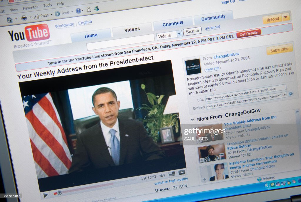 A YouTube video of US President-elect Barack Obama's weekly radio address is seen on a computer screen in Chicago on November 22, 2008. AFP PHOTO/Saul LOEB