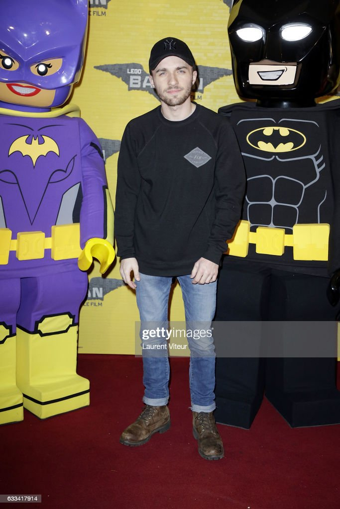 YouTuber Squezie (Lucas Hauchard) attends 'Lego Batman' Paris Premiere at Le Grand Rex on February 1, 2017 in Paris, France.