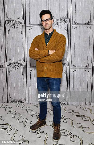 YouTube's Charles Lincoln 'Link' Neal III of 'Rhett and Link' comedy duoÊvisits AOL BUILD to chat about their upcoming original series 'Rhett and...