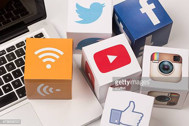 Youtube, Facebook, Twitter, Instagram icônes