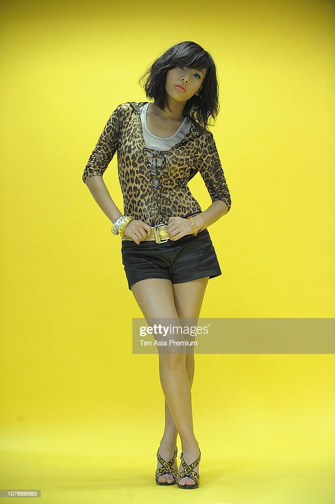 Yu-Bin of Wonder Girls poses for photographs on November 30, 2010 in Seoul, South Korea.