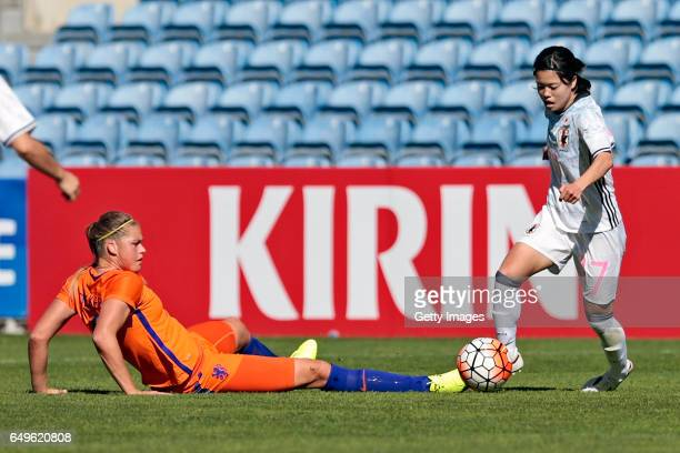 Yui Hasegawa of Japan Women challenges Anouk Dekker of Netherlands Women during the match between Japan v Netherlands Women's Algarve Cup on March 8...