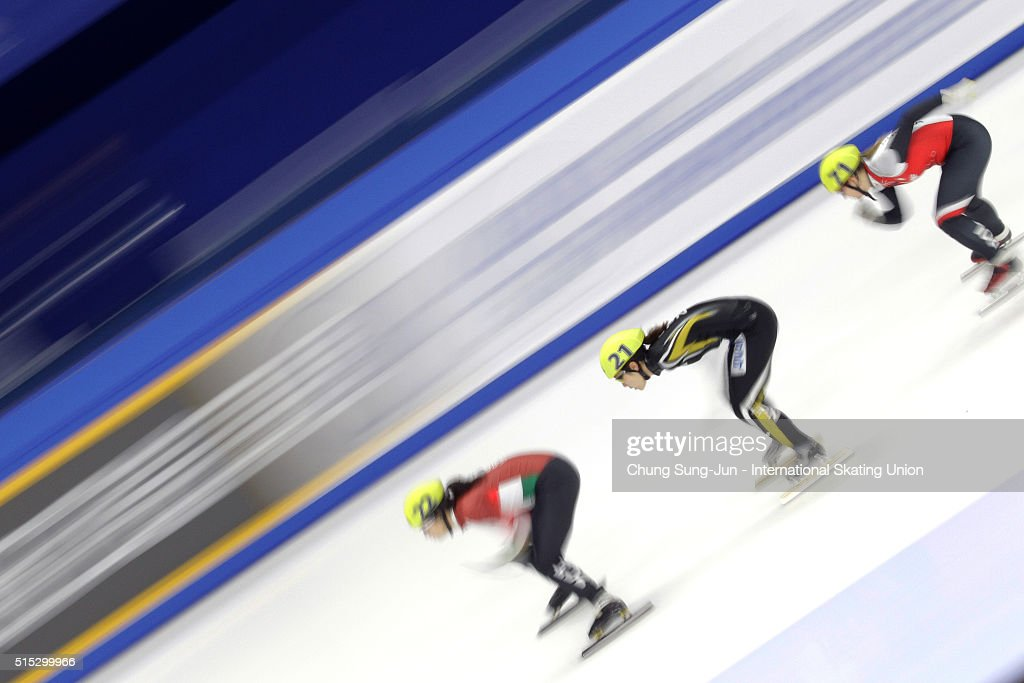 <a gi-track='captionPersonalityLinkClicked' href=/galleries/search?phrase=Yui+Sakai&family=editorial&specificpeople=6521438 ng-click='$event.stopPropagation()'>Yui Sakai</a> of Japan competes in the Ladies 1000m Ranking Races Heats during the ISU World Short Track Speed Skating Championships 2016 at Mokdong Icerink on March 13, 2016 in Seoul, South Korea.