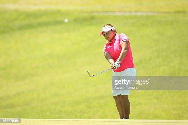 Yukari Baba of Japan chips onto the 18th green during the first round of the Yonex Ladies Golf Tournament 2016 at the Yonex Country Club on June 3...