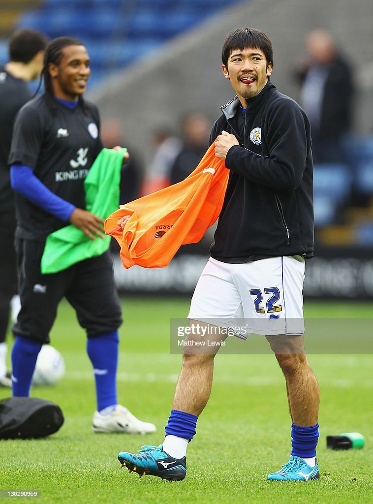 <a gi-track='captionPersonalityLinkClicked' href=/galleries/search?phrase=Yuki+Abe&family=editorial&specificpeople=643492 ng-click='$event.stopPropagation()'>Yuki Abe</a> of Leicester City warms up ahead of the npower Championship match between Leicester City and Portsmouth at The King Power Stadium on December 31, 2011 in Leicester, England.