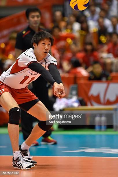 Yuki Ishikawa of Japan receives the ball during the Men's World Olympic Qualification game between Australia and Japan at Tokyo Metropolitan...