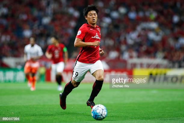 Yuki Muto of Urawa Reds Diamonds controls the ball during the AFC Champions League Round of 16 match between Urawa Red Diamonds and Jeju United FC at...