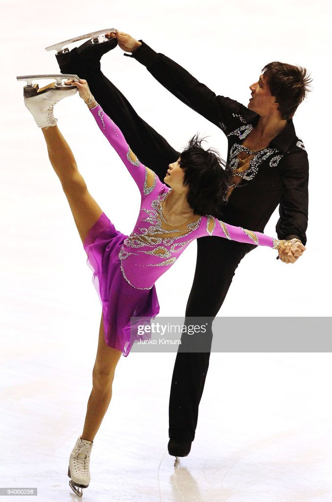 Yuko Kavaguti and <a gi-track='captionPersonalityLinkClicked' href=/galleries/search?phrase=Alexander+Smirnov&family=editorial&specificpeople=4045603 ng-click='$event.stopPropagation()'>Alexander Smirnov</a> of Russia compete in the Pairs Free Skating on the day three of ISU Grand Prix of Figure Skating Final at Yoyogi National Gymnasium on December 5, 2009 in Tokyo, Japan.