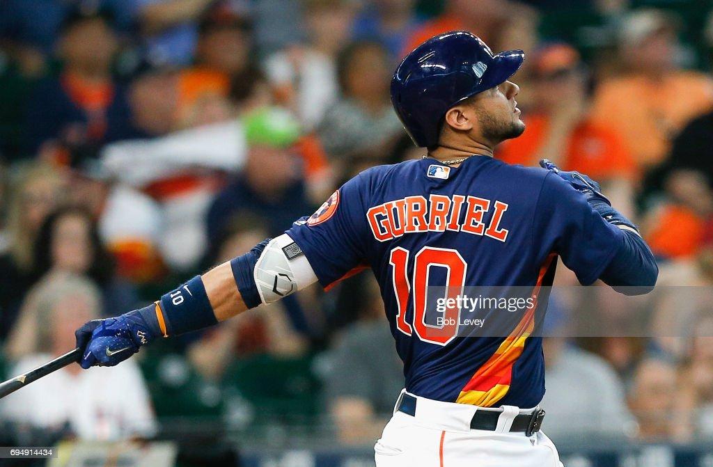 Astros pierden a pesar de jonrón de Gurriel