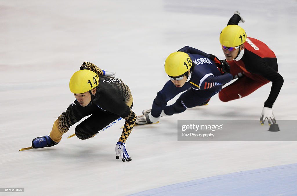 Yuma Sakurai of Japan leads in Race 1 of Men 1500m (2) Heats during day one of the ISU World Cup Short Track at Nippon Gaishi Arena on November 30, 2012 in Nagoya, Japan.