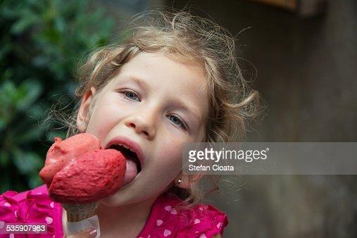 Yummy icecream : Stock Photo