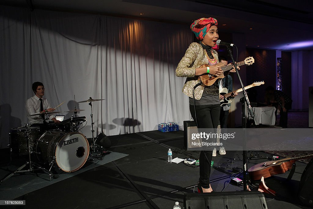 Yunalis Zarai Yuna performs on stage at The Perry on December 5, 2012 in Miami Beach, Florida.