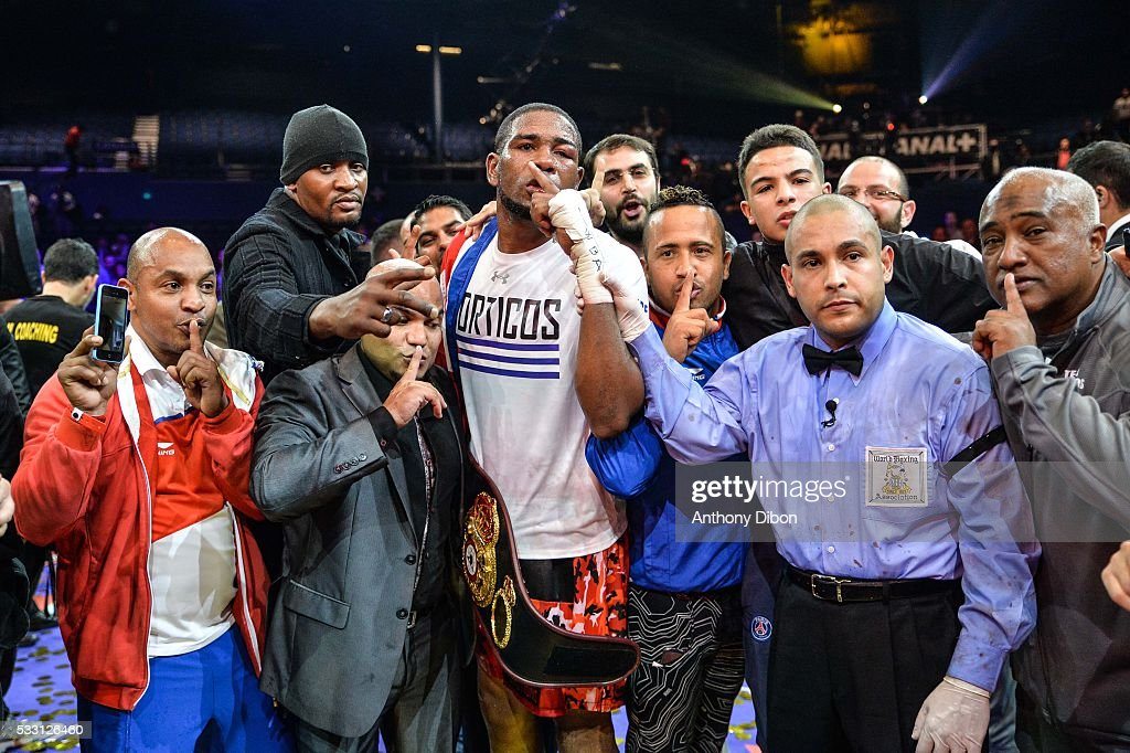 Yunier Dorticos and his team during the World Championship WBA at Dome de Paris - Palais des Sports on May 20, 2016 in Paris, France.