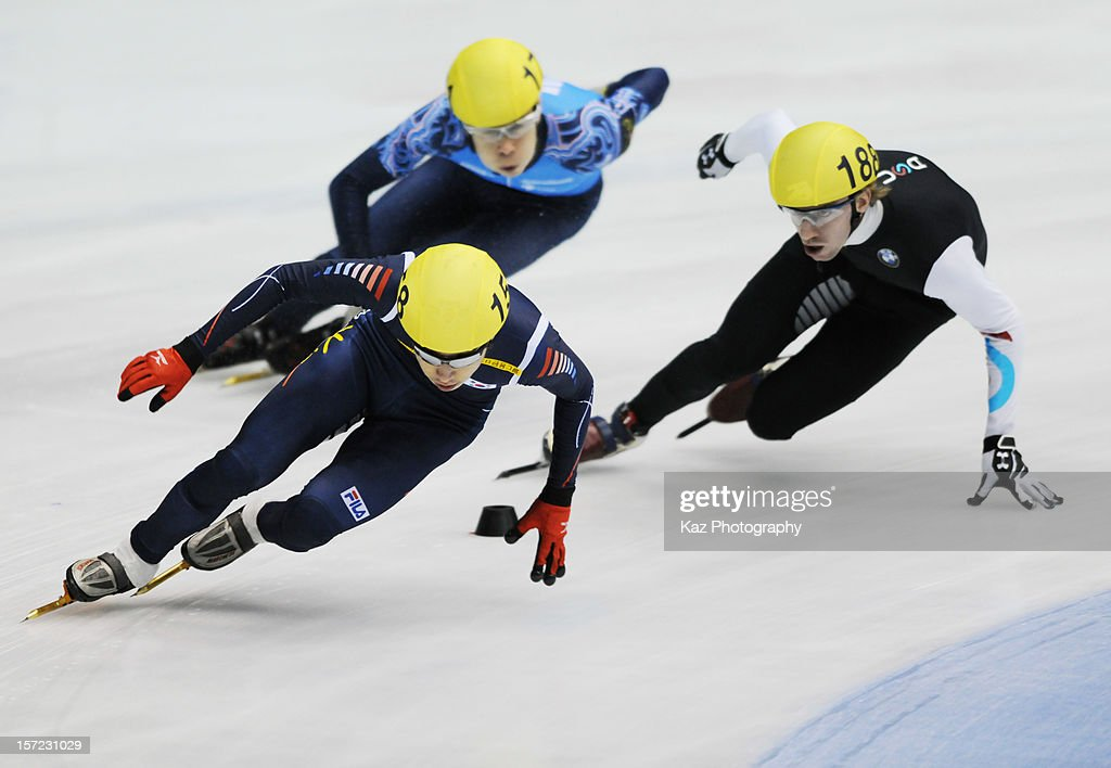 Yun-Jae Kim of Korea leads in Race 1 of Men 1500m(2) Heats during day one of the ISU World Cup Short Track at Nippon Gaishi Arena on November 30, 2012 in Nagoya, Japan.