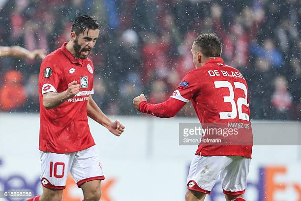 Yunus Malli of Mainz celebrates his team's first goal with team mate Pablo de Blasis during the UEFA Europa League match between 1 FSV Mainz 05 and...