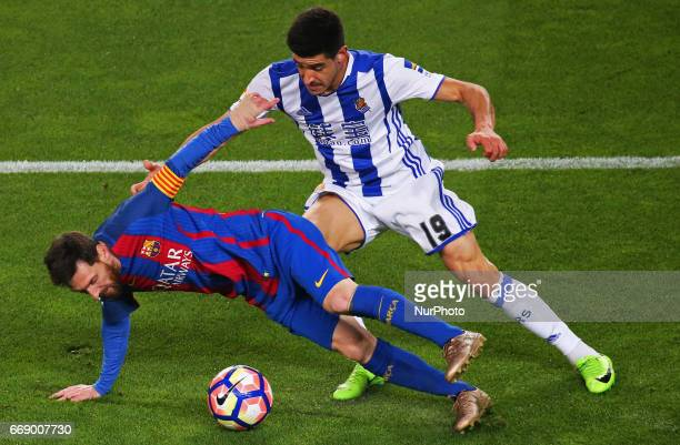Yuri Berchiche and Leo Messi during La Liga match between FC Barcelona v Alaves during the La Liga match between FC Barcelona and Real Sociedad de...