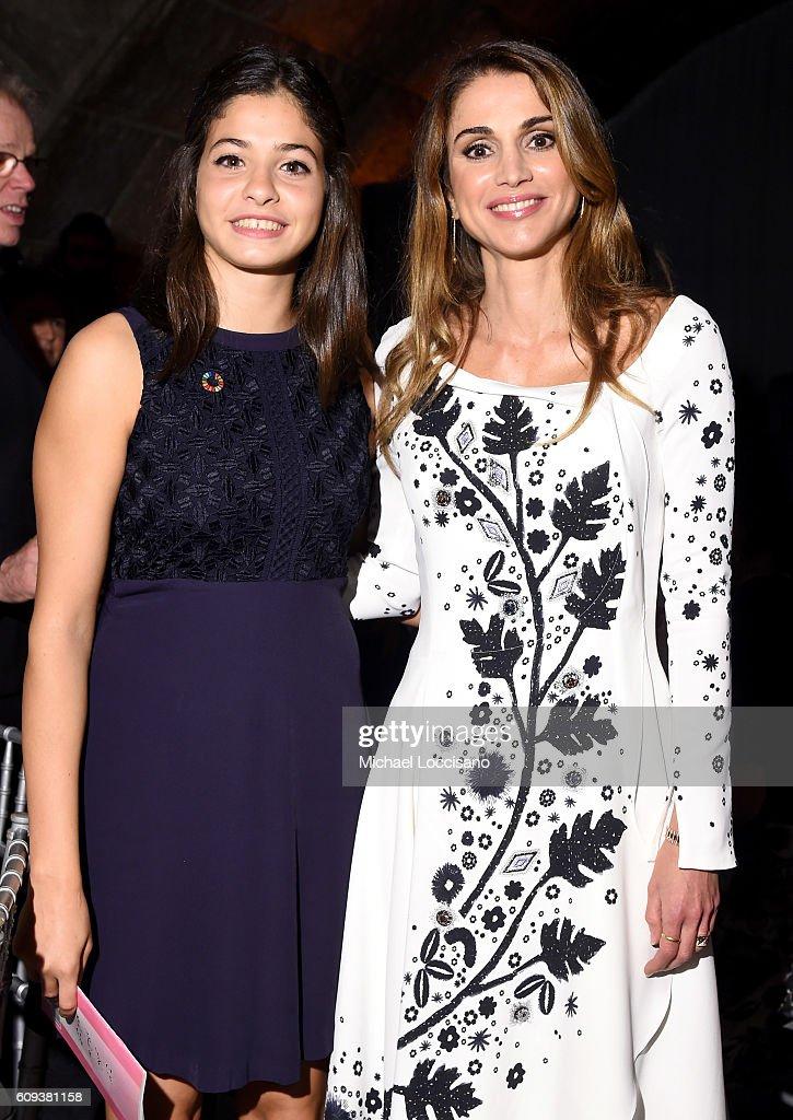 Yusra Mardini (L) and Queen Rania of Jordan attend 2016 Global Goals Awards Dinner at Gustavino's on September 20, 2016 in New York City.