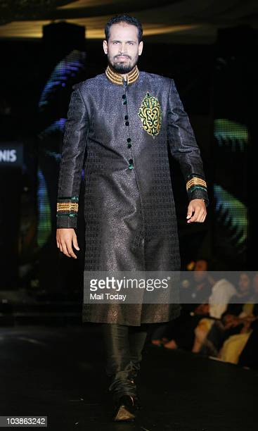 Yusuf Pathan at the Blenders Pride Fashion Tour in Mumbai on September 5 2010