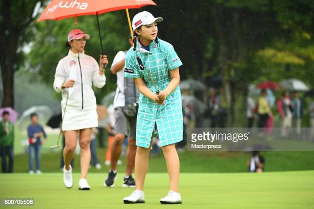 Yuting Seki of China putts during the final round of the Earth Mondamin Cup at the Camellia Hills Country Club on June 25 2017 in Sodegaura Japan