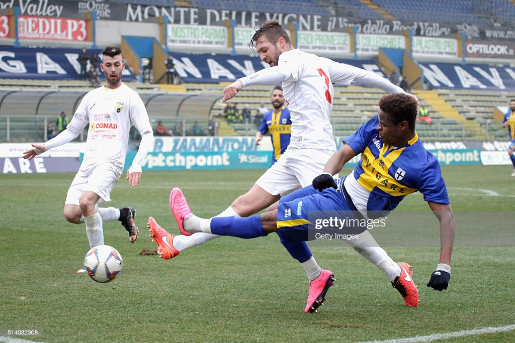 Yves Baraye of Parma in action durnig the Serie D match between Parma Calcio 1913 and Virtus Castelfranco at Stadio Ennio Tardini on March 6 2016 in...