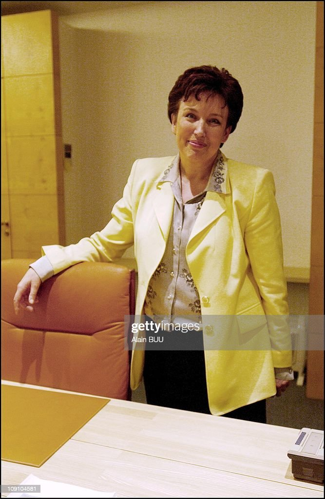Yves Cochet Hands Power Over To Roselyne Bachelot At The Ministry Of Environment On July 5Th 2002 In Paris France Roselyne Bachelot