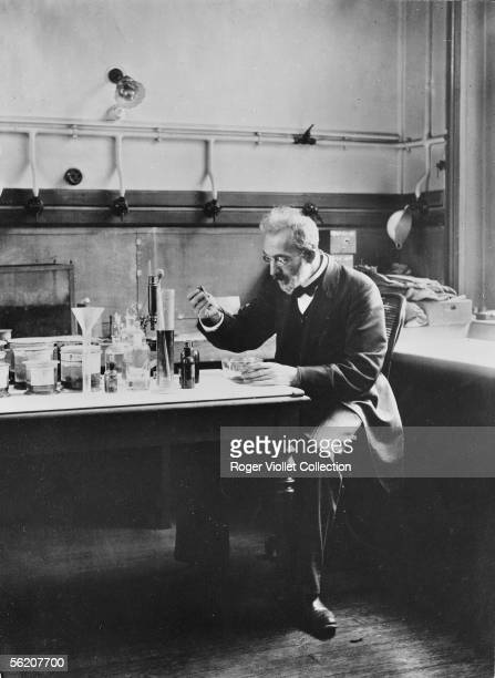 Yves Delage French zoologist and biologist who made studies on the Turin Shroud Paris about 1910