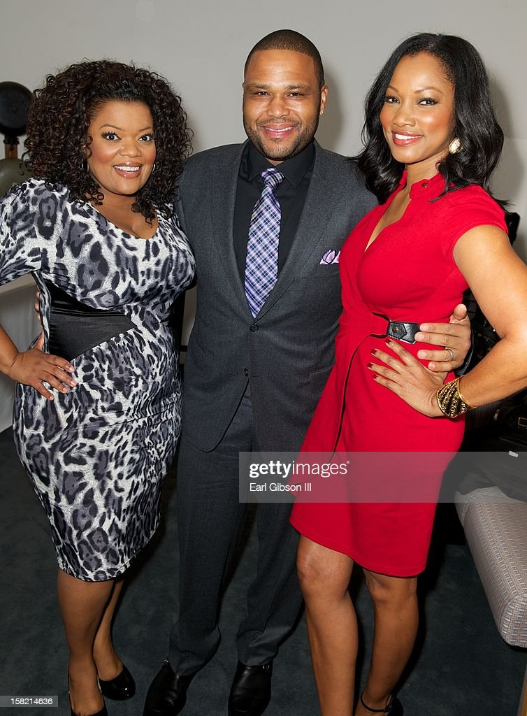 Yvette Nicole-Brown, <a gi-track='captionPersonalityLinkClicked' href=/galleries/search?phrase=Anthony+Anderson&family=editorial&specificpeople=202577 ng-click='$event.stopPropagation()'>Anthony Anderson</a> and <a gi-track='captionPersonalityLinkClicked' href=/galleries/search?phrase=Garcelle+Beauvais&family=editorial&specificpeople=203112 ng-click='$event.stopPropagation()'>Garcelle Beauvais</a> pose for a photo at the 44th NAACP Image Awards Press Conference at The Paley Center for Media on December 11, 2012 in Beverly Hills, California.