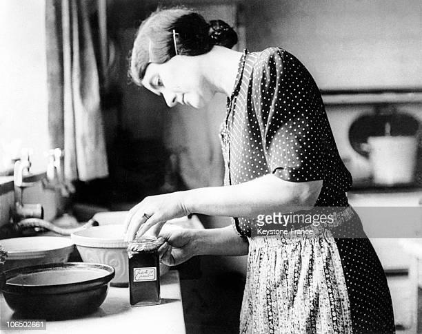 Yvonne De Gaulle In Her Kitchen England 1942