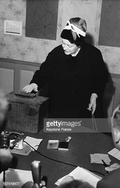 Yvonne De Gaulle Voting In Colombey On January 8Th 1961