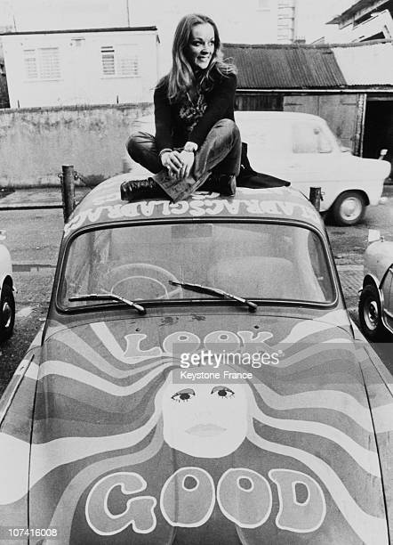 Yvonne Freeman And Her Psychedelic Car