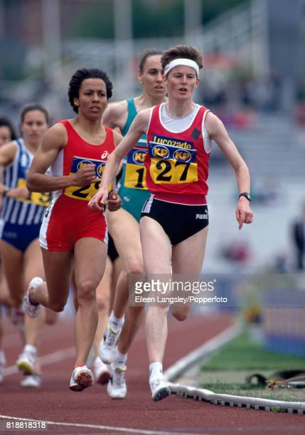 Yvonne Murray and Kelly Holmes during an athletics meet circa 1994