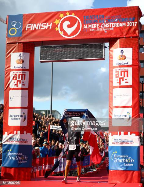 Yvonne van Vlerken of Holland celebrates after winning the women race during Challenge AlmereAmsterdam on September 8 2017 in Almere Netherlands