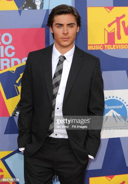 Zac Efron arrives for the MTV Video Music Awards 2008 at Paramount Studios Hollywood Los Angeles California
