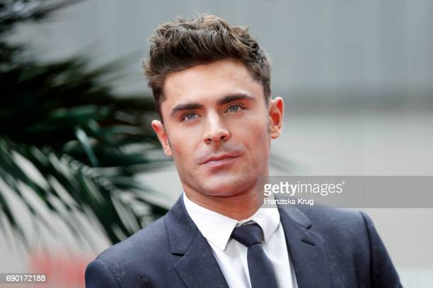 Zac Efron attends the 'Baywatch' Photo Call in Berlin on May 30 2017 in Berlin Germany